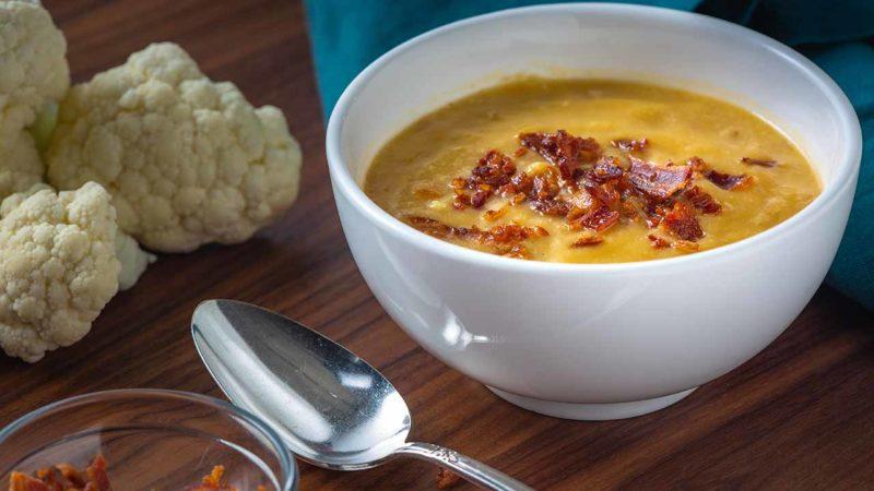 cauliflower bacon soup